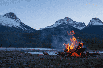 how to start a fire, by lake